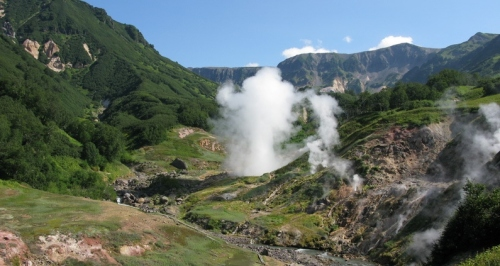 valley-of-geysers-kamchatka