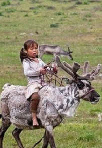 young-girl-reindeer