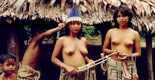 amazone-native-girls