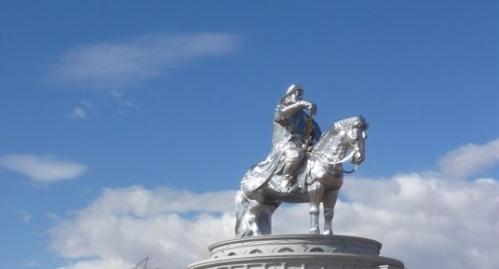 big_statue