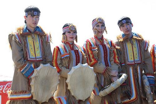 evenki-dancers