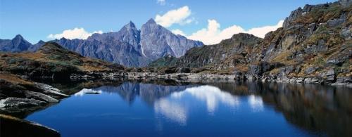 nepal-lake